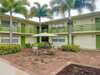 Located In The Heart Of Old Naples! Walking Distance To Everything You Need!