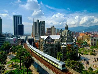 guia turistico billingue en medellin - english tourist guide in medellin