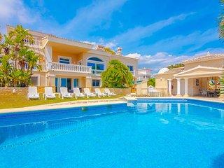 Villa Ifach en Calp,Alicante para 12 huespedes