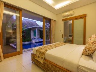 Badung Regency Holiday Villa 26195