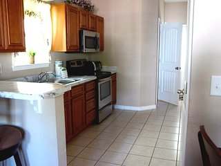 New Cozy and Beautiful 3-BRs House One Block to the Beach!
