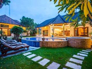 Villa Limon 3-bedroom villa in Seminyak