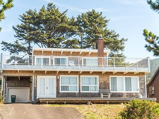 Located on the North Oregon Coast in Rockaway Beach oceanfront large home!