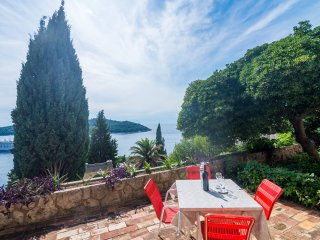 Apartment Charming Arena - One Bedroom Apartment with Terrace and Sea View