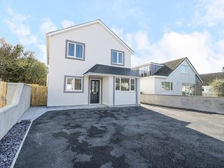 CERRIG, open plan layout, pet friendly, family friendly, in Holyhead, Ref
