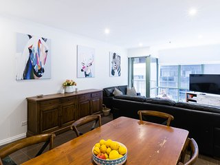 Melbourne Luxury Apartment- Sleeps 6