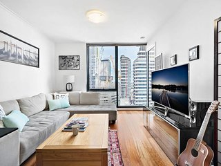 Piper, STUNNING Southbank apartment