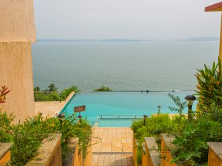 Vista Primrose (Apartment with Infinity Pool & Sea View,Dona Paula)