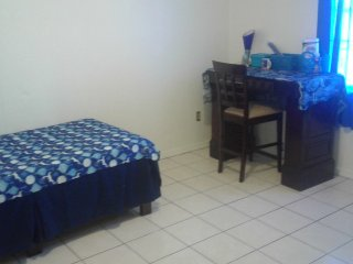 Furnished rooms utili. /wifi included weekly /montly