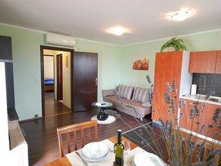 Holiday House - 156cd97          : Apartment - 15emg50