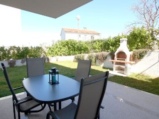 Holiday House - 69500 : Apartment - 72c24