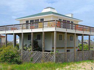 Beach Glass- 4 Bedroom Vacation Home
