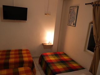 GUERNIKA HOSTEL - B&B bedroom 7