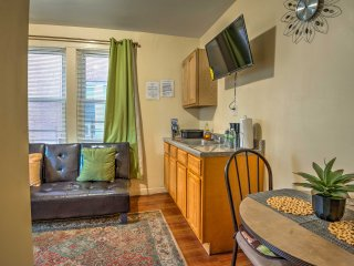 NEW! Bronx Apt by Public Transit - 20 Mi to NYC!