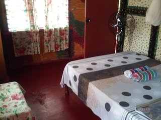 (Room 3) Shades Cottage Guesthouse