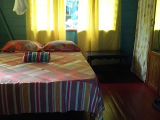 (Room 4) Shades Cottage Guesthouse