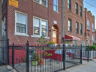 Bronx Apartment Near Subway & Yankee Stadium!