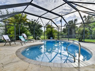 Port Charlotte House w/ Screened-in Lanai & Pool!