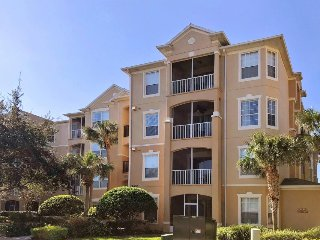 Luxury condo w/ lakeview, shared pool, hot tub, gym, game room, and more!
