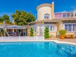 Villa Oasis en Calp,Alicante,para 8 huespedes
