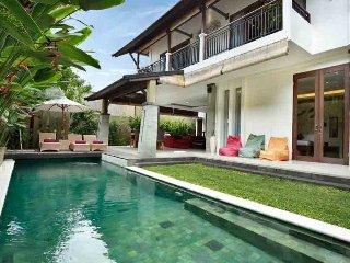 The Kumpi Villas - Three bedroom private villa in Seminyak (villa 2)