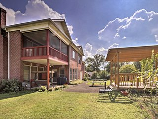 A lovely garden and back pergola lead you to the unit's back patio entrance.