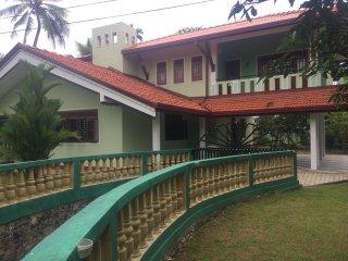 Pahan Villa