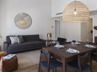 Spacious Restauradores Luxus Flat apartment in Baixa/Chiado with WiFi, air condi