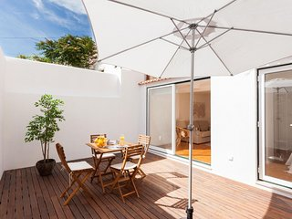 Príncipe Real with Terrace apartment in Bairro Alto with WiFi & private terrace