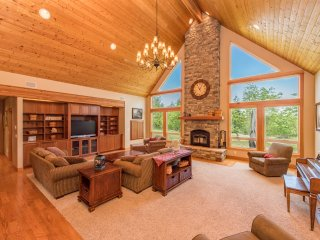 6BR Port Angeles Estate on 10 Private Acres!