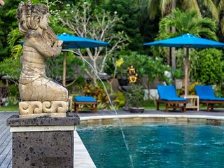 Pondok Baruna Frangipani - A whole resort