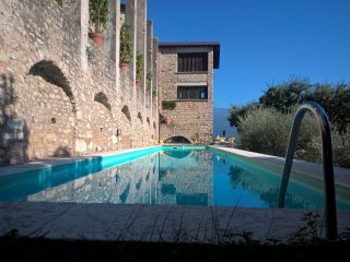 Spectacular historic Limonaia with breathtaking lake views, private pool