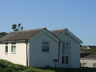 Wee Cott 3 bedroom holiday chalet in west Cornwall- New Pictures,Elec. included.