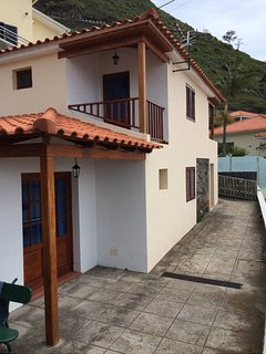 Sunset Cottage in Madeira