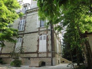 Chambres d'hotes -  Appartements - Gîte  - Au fil de Troyes.