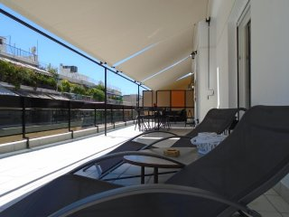Spacious apartment close to the center of Athens with Lift, Internet, Air condit