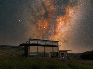 Under the Milky Way...with a glass roof, you can stargaze from bed!