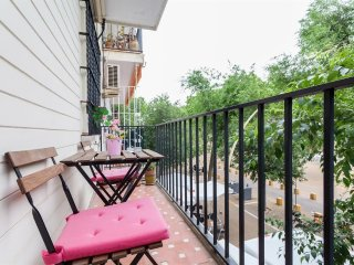 127 m from the center of Seville with Internet, Air conditioning, Lift, Parking