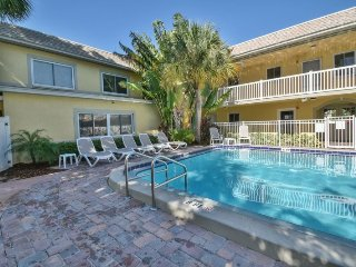 Waves #1 | Functional, large condo, only short walk to beach