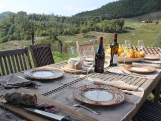Farmhouse on Large Estate in Umbria - Tenuta Regina - Nina