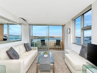 Jaw dropping Panoramic Sydney Harbour views CBELA