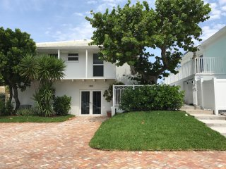 The Coast Is Clear - Oceanfront Townhome in Highland Beach Between Boca & Delray