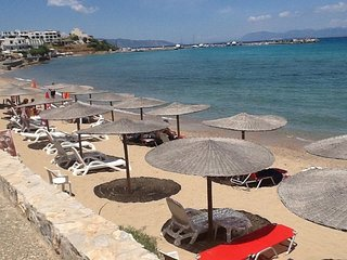 AGISTRI Beachfront Rooms Sleeps 2