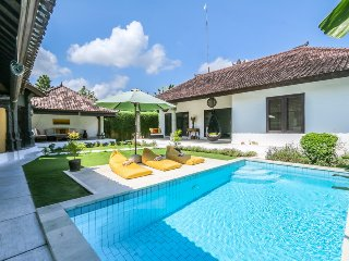 Pevali - 3 Bedroom Spacious Villa,  'Eat Street' Location, Central Seminyak
