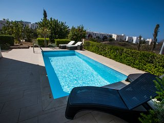 Golden seaside villa 1. Modern 3 bedroom beach villa with private pool. Paphos.