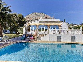 Villa De La Monte