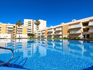 Moura Praia, CD 133 | Located in marina | 2 Bed | 2 Bath | Wifi | Air Cond