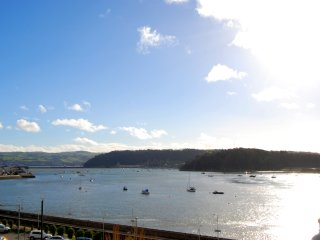 Estuary View | Great Escapes Wales