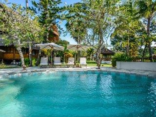 Aashaya Jasri Resort Villa Kayu A ground floor with pool  and garden view