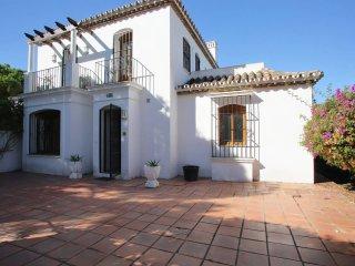 4 Bedroom Villa near Puerto Banus\Marbella